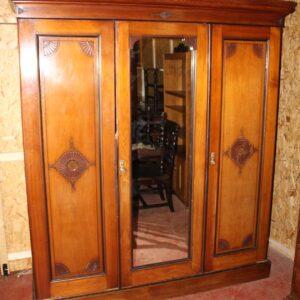 1920s Large 3 Door Mirrored Mahogany Maple and Co Wardrobe Antique Wardrobes