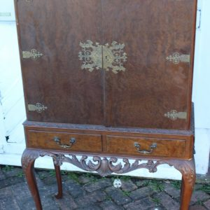 1940's Mahogany Drinks Cabinet on Cab Legs – Well Fitted Interior Antique Antique Cabinets