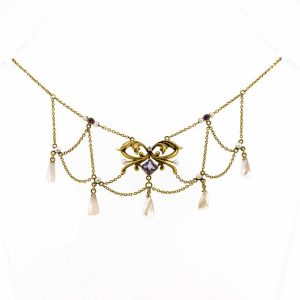 Art Nouveau necklace 1