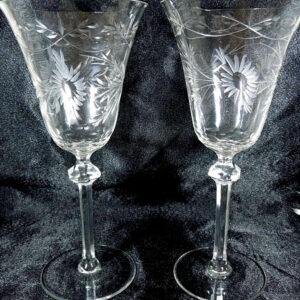 Pair Fine Wine Glasses glasses Antique Glassware