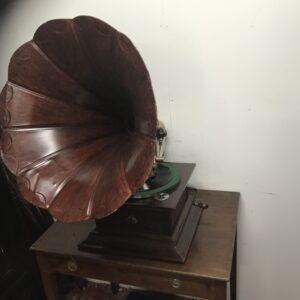 HMV wind up Gramophone Vintage