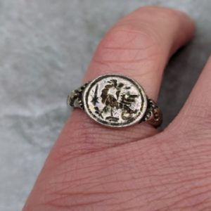 MEDIEVAL SILVER SIGNET RING 16th-17th CENTURY Antiquities