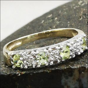 9ct Gold Diamond And Peridot Ring (gold209064) Antique Jewellery