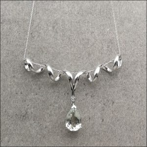 9ct White Gold Diamond & Pale Green Pear Cut Quartz Pendant & Necklace (gold766105) Antique Jewellery