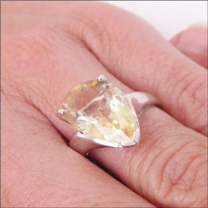 9ct White Gold Pear Drop Shape Citrine (5ct) Solitaire Ring (gold319074) Antique Jewellery
