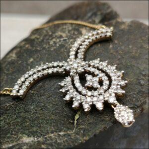 18ct Gold 2ct Diamond Pendant Necklace Antique Jewellery