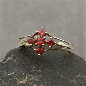 9ct Gold Five Stone Red Topaz Cluster Ring Antique Jewellery