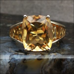 9ct Gold Large Citrine 6ct Art Deco Ring, Totalling 9.3ct Antique Jewellery