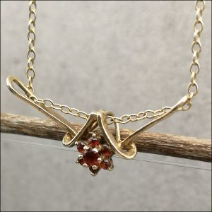 9ct Gold Ruby Flower Cluster Pendant Necklace Antique Jewellery