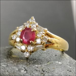 18ct Gold Ruby Baguette Round Cut Diamond Cluster Ring Antique Jewellery