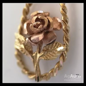 9ct Gold Two Tone Vintage Rose Pendant and Chain Miscellaneous