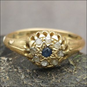 18ct Gold Sapphire and Diamond Cluster Ring. Antique Jewellery