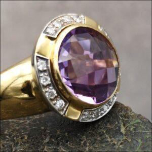 18ct Gold 5ct Amethyst & Diamond Ring Antique Jewellery