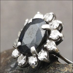 18ct White Gold Antique Diamond & Sapphire Ring Antique Jewellery