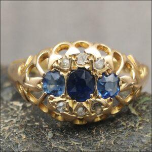 18ct Gold 3 stone Sapphire Rose Cut Diamond Ring Antique Jewellery