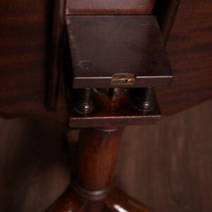 Beautiful Piecrust Edge Mahogany Snap Top Supper Table SAI1381 Antique Furniture