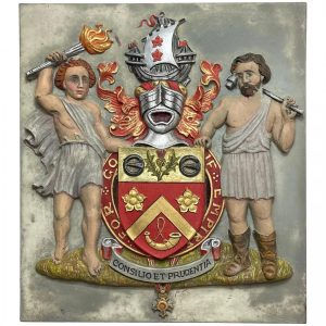 Bronze Heraldic Hand Painted Gilded Military Knighthood OBE Coat Of Arms Plaque bronze Vintage