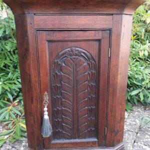 Small oak hanging corner cupboard – 18th century corner cupboard Antique Cupboards