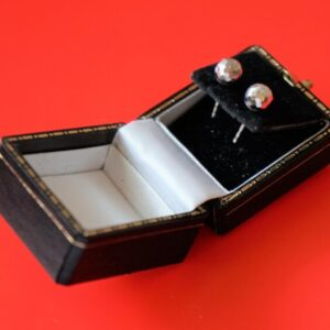 9ct White Gold Ball Stud Earrings- Boxed – Ideal Gift / Present Boxed Earrings Antique Earrings