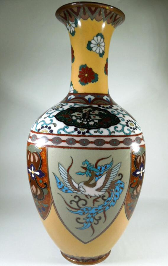 Antique Meijii Period Japanese Cloisonne Vase with Ginbari Enamel vase Antique Metals 3