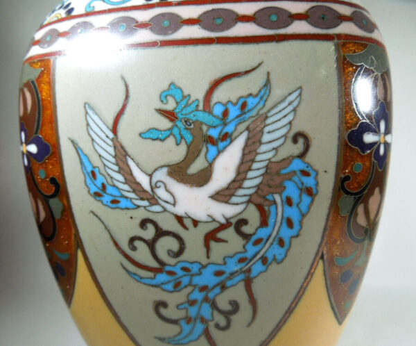Antique Meijii Period Japanese Cloisonne Vase with Ginbari Enamel vase Antique Metals 7