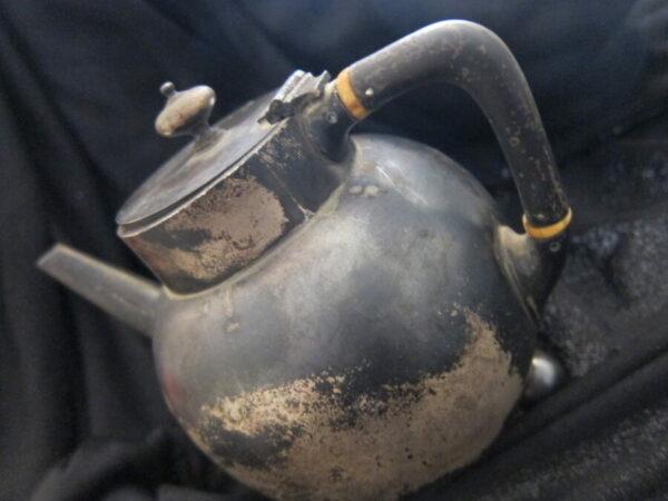 1880 London Silver W&J Barnard Teapot 275grms silver, teapot, antique, Victorian, London Antique Silver 4